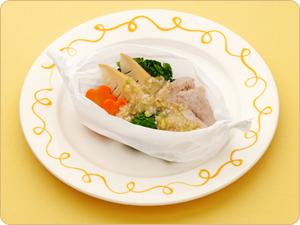 鶏肉と春野菜の包み蒸し・ねぎ塩たれ