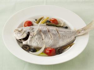 エボ鯛のアクアパッツァ