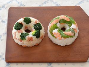 ドーナツおにぎり☆2種(ベーコンブロッコリー、えびしそ)