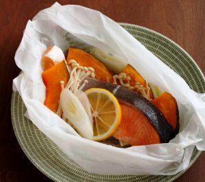 甘塩鮭の包み蒸し