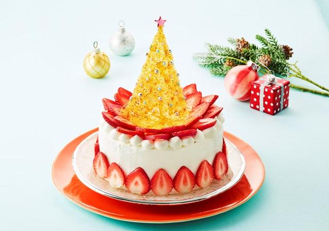 あめ細工のツリーといちごのクリスマスケーキ