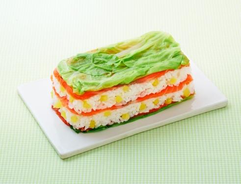 春キャベツとサーモンの彩りミルフィーユ寿司