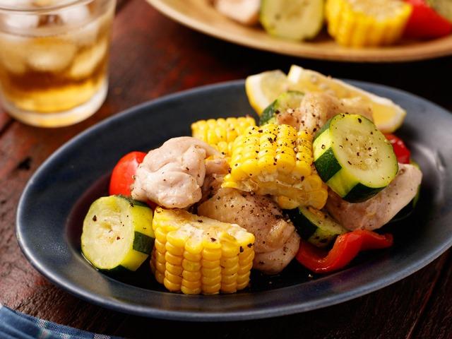 チキンと夏野菜のグリルサラダ