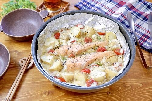 ワンパンボリュームおかず♡『鮭と野菜のみそチーズ焼き』