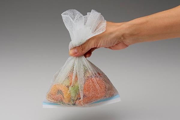 水切りゴミ袋を使って水分を切る