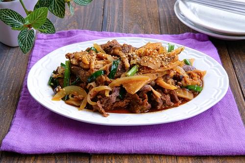 秋の韓国料理♪きのこたっぷりプルコギ